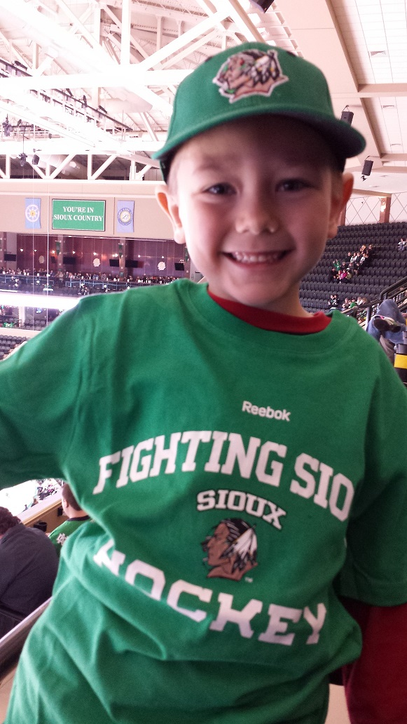 my little hockey fan2photo.jpg