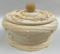Raw_Pic_of_Alabaster_Rose_Box.png
