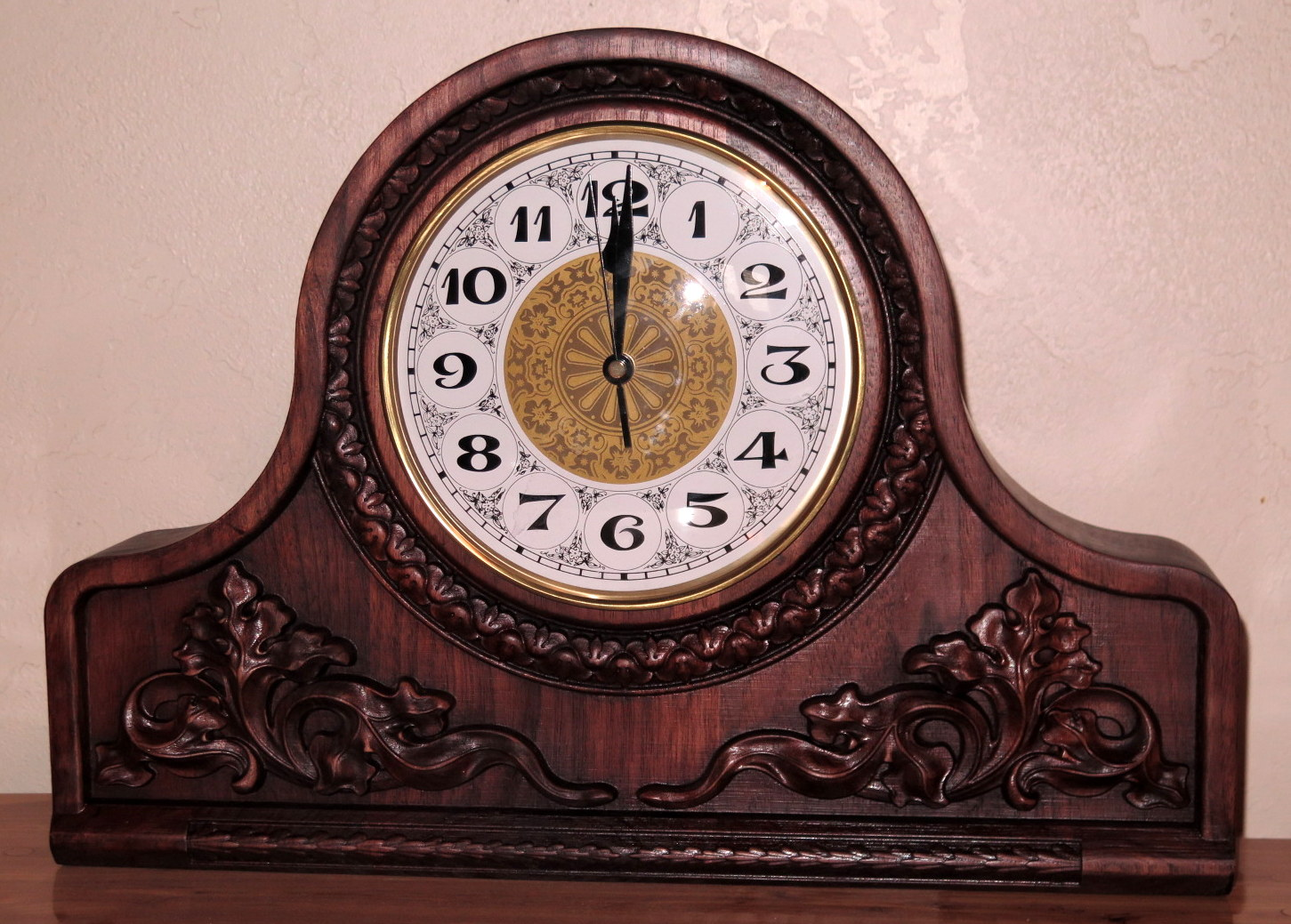 clock mantle.JPG