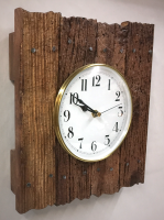 weathered_slat_clock_angle_view_550x737.png