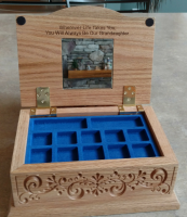 jewelry box inside.png